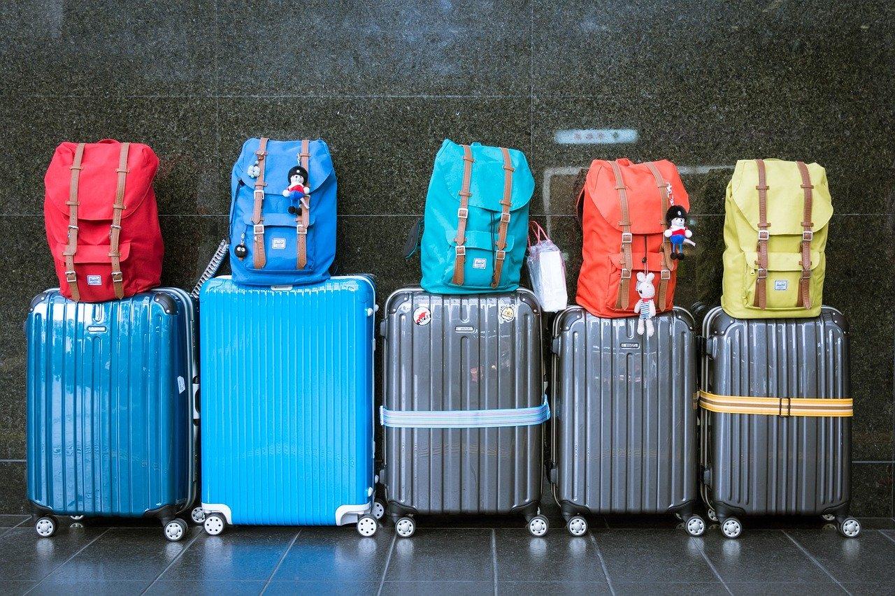 Masz multum bagaży, które nijak nie zmieszczą się do auta pasażerskiego? Idealnym rozwiązaniem będzie wynajem mikrobusów
